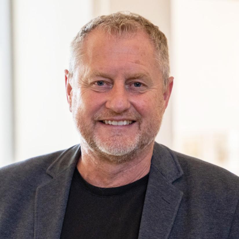 Stefan Hencke, Convensis